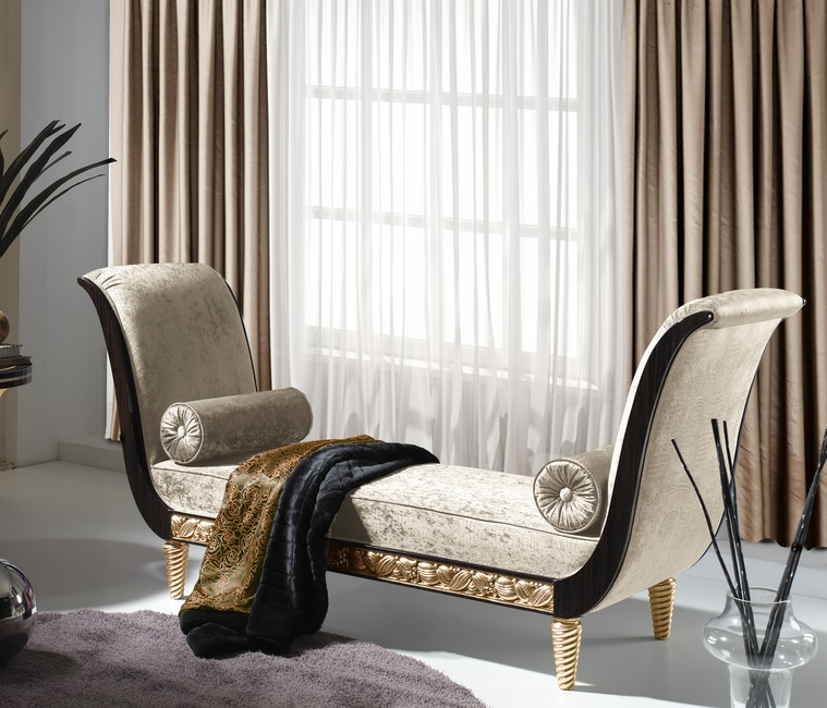 CHAISE LONGUE OCCASIONAL PIECES
