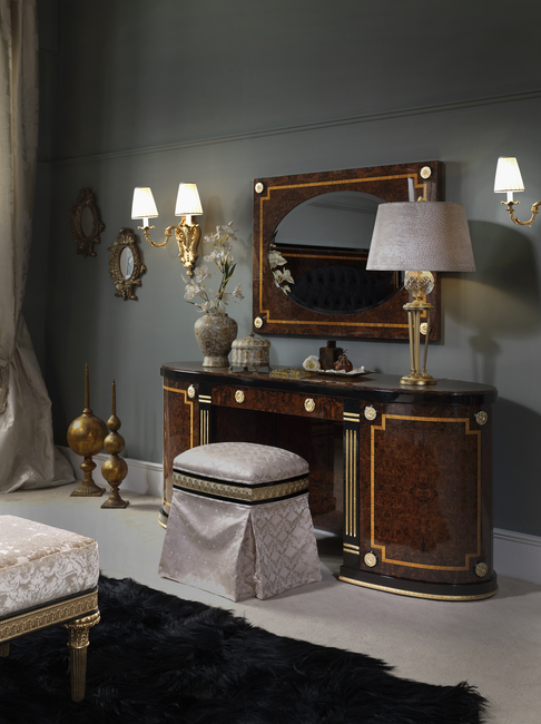 DRESSING TABLE LE MARAIS