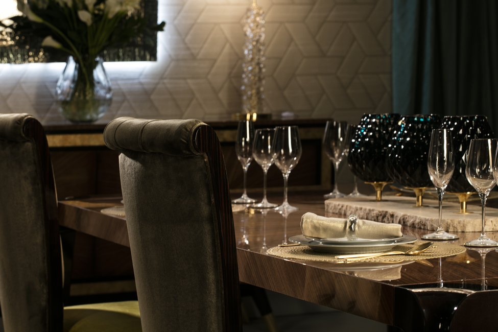 DINING TABLE SAVOY